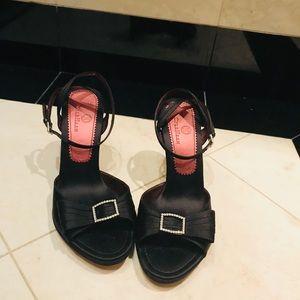 Cole Haan Shoes (Black)
